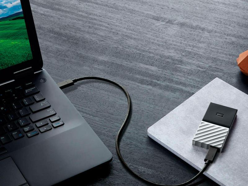 recupero dati da hard disk esterno che emette click