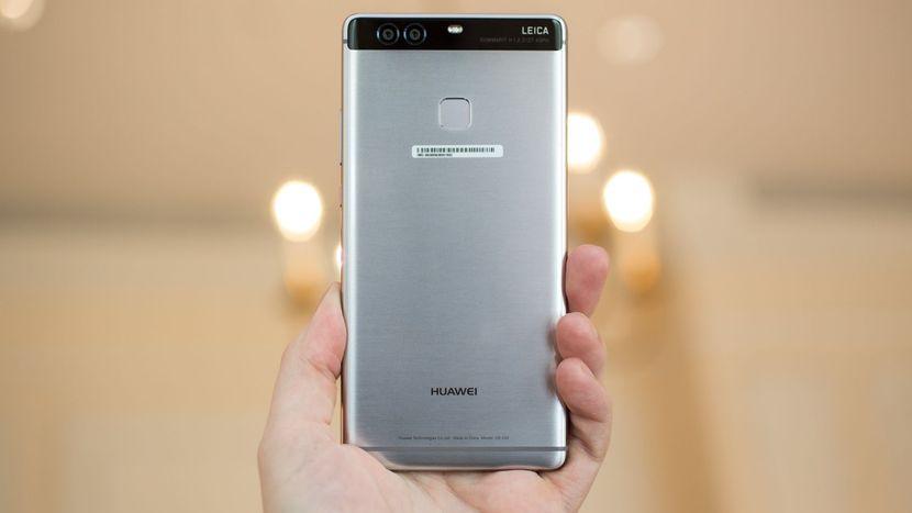estrarre le foto da un telefono Huawei P9  ossidato da acqua salata